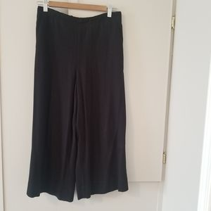 Wide leg crops - high waisted, fit xs/s